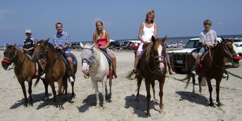 Galveston_family_horseback_riding