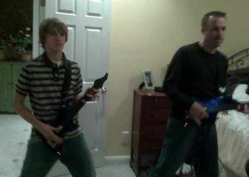 Dave_josh_on_guitar_hero_5