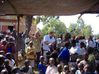 Dave_ben_dancing_in_rwanda